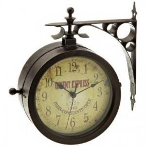 Orologi da parete vintage il fascino del vecchio che for Orologio muro vintage