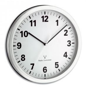 orologio da parete radiocontrollato